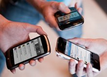 imagen de varios móviles en acción